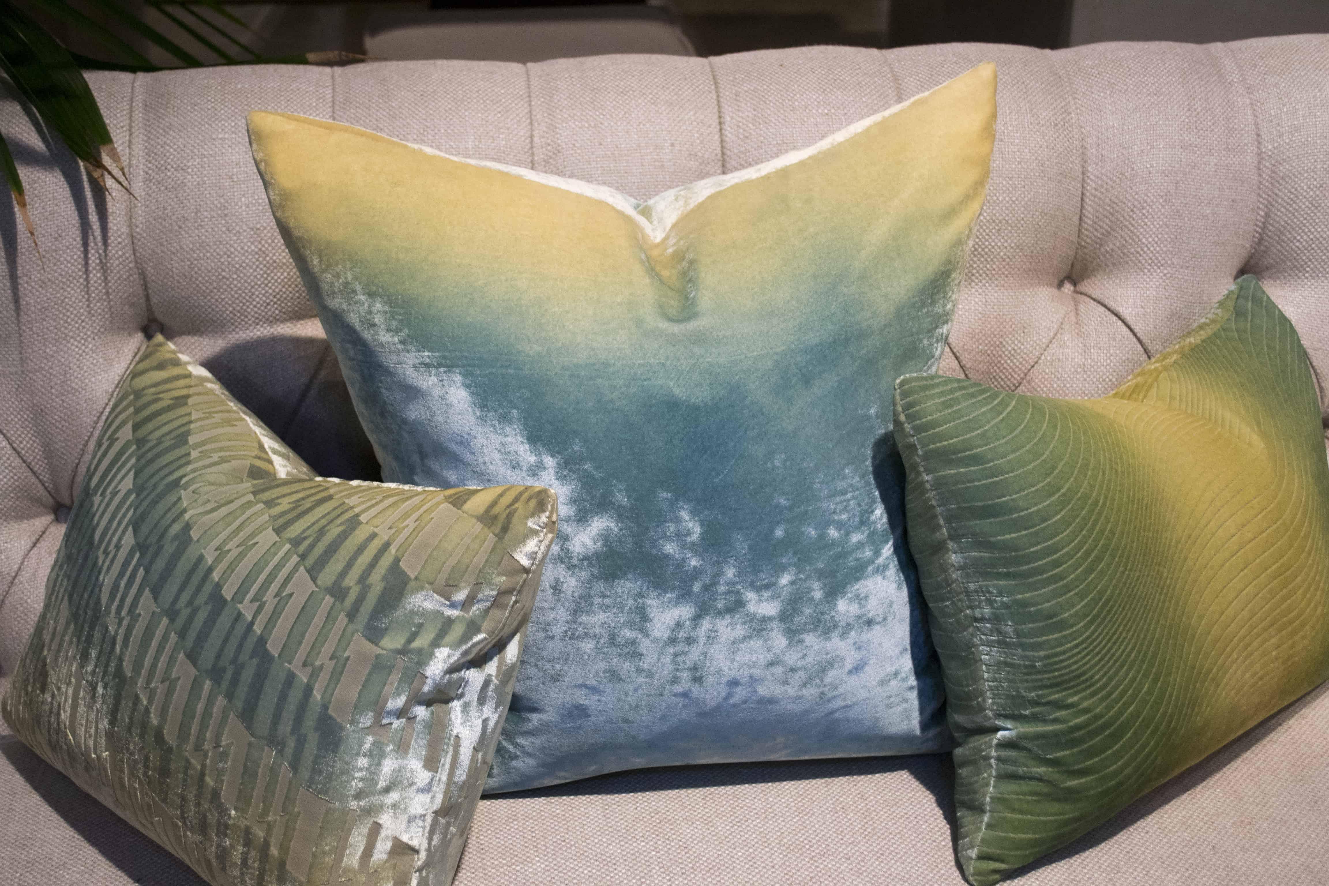 3 Ombre Pillows