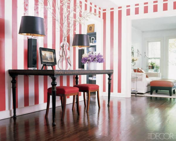 Decorating-ideas-striped-walls-01-lgn