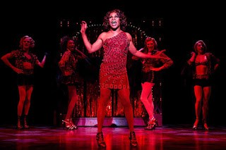 kinky_boots_broadway_15_email_1_custom-49d3e7fc92d9d7abcbc95e4f7703c66d75e94ee0-s6-c30