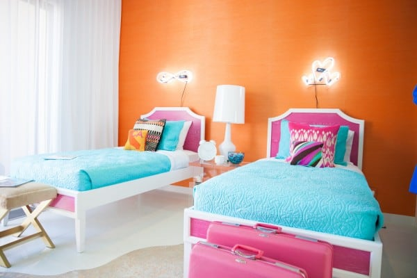 16 Carson Kressley (Queer Eye) designed the teen bedroom at the Christopher Kennedy