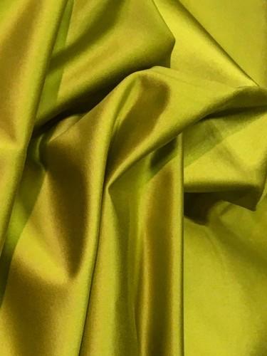 Chartreuse trevira taffeta by Noblis Paris